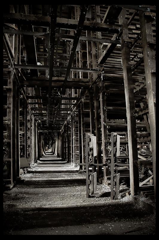 urbex urban exploration decay abandoned belgium infiltration belgique Tuileries Littoral roof tile tiles factory