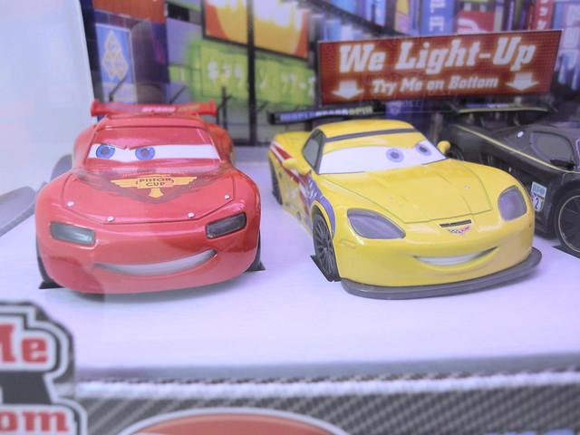 disney store cars 2 world grand prix boxset (2)