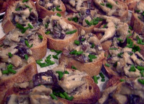 mushroom bruscetta