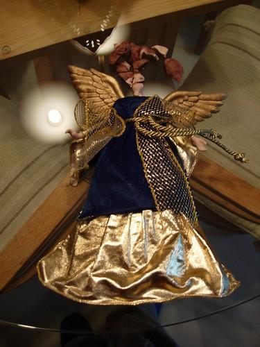 Angel descabezado