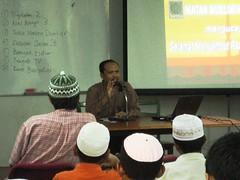 Dr. Yusof Abbas. penulis buku 'Biomekanik Solat'