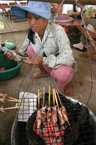 grilled squid vendor