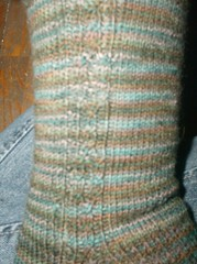 Tea on the Sea Socks (Cable Close-up)