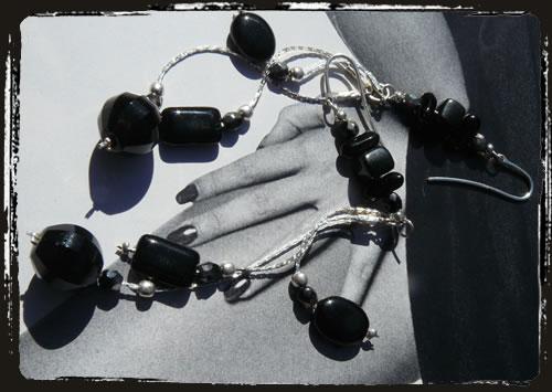 Orecchini neri - Black earrings ARHCNEC