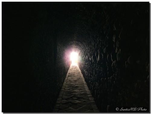 Ya no sólo veo la luz al final del tunel, sino que he salido de él. (Foto: Pasadizo secreto de SantiMB)