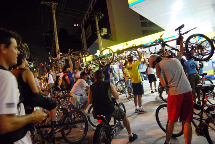 BicicletadaMar08_054