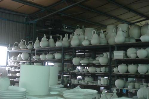 滿倉庫各種造型的素燒1-3