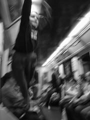 Saltando en el metro