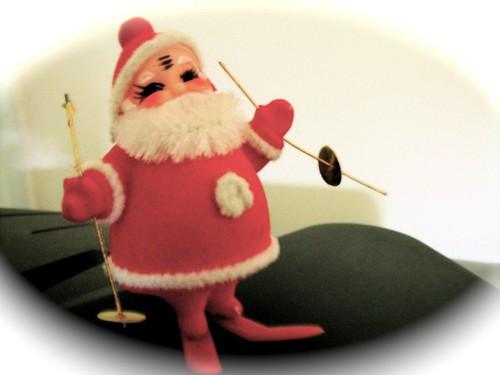 Super Skiing Santa