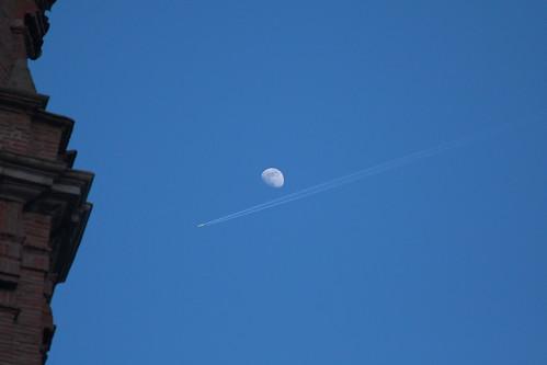 Luna y jet - Veruela