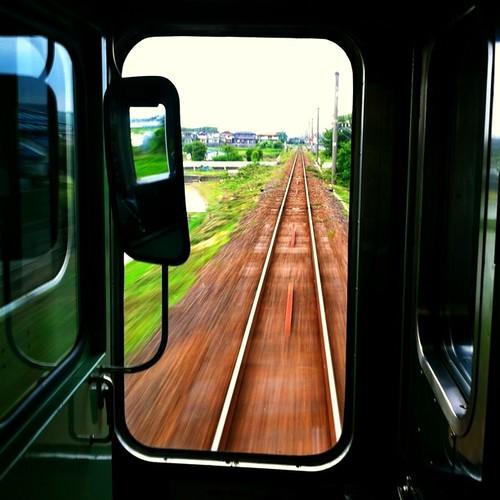 車窓から。 今日も一日、お疲れ様でした。#train