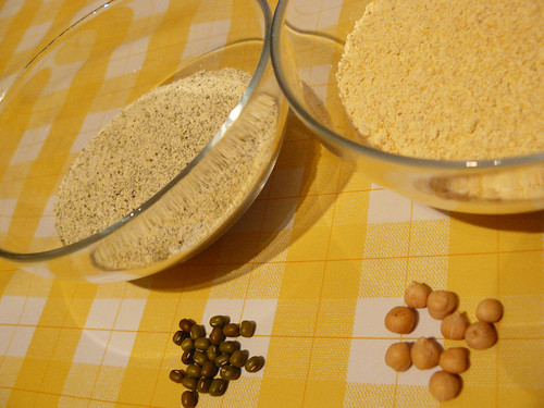 Harinas de soja y garbanzos