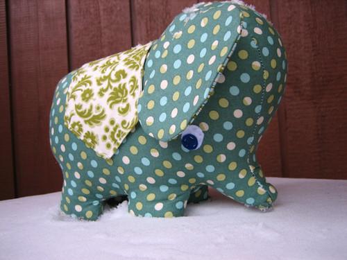 Peanut, the Wee Elephant