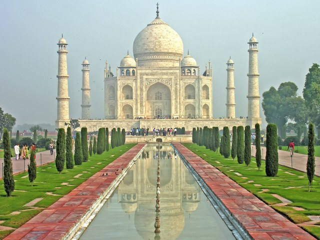 10 Cheapest Countries to Visit: Taj Mahal