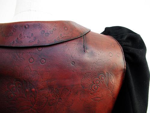 bara baras - coat back detail