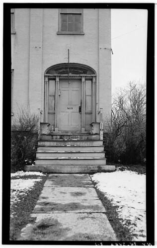 Samuel Forman House Entrance