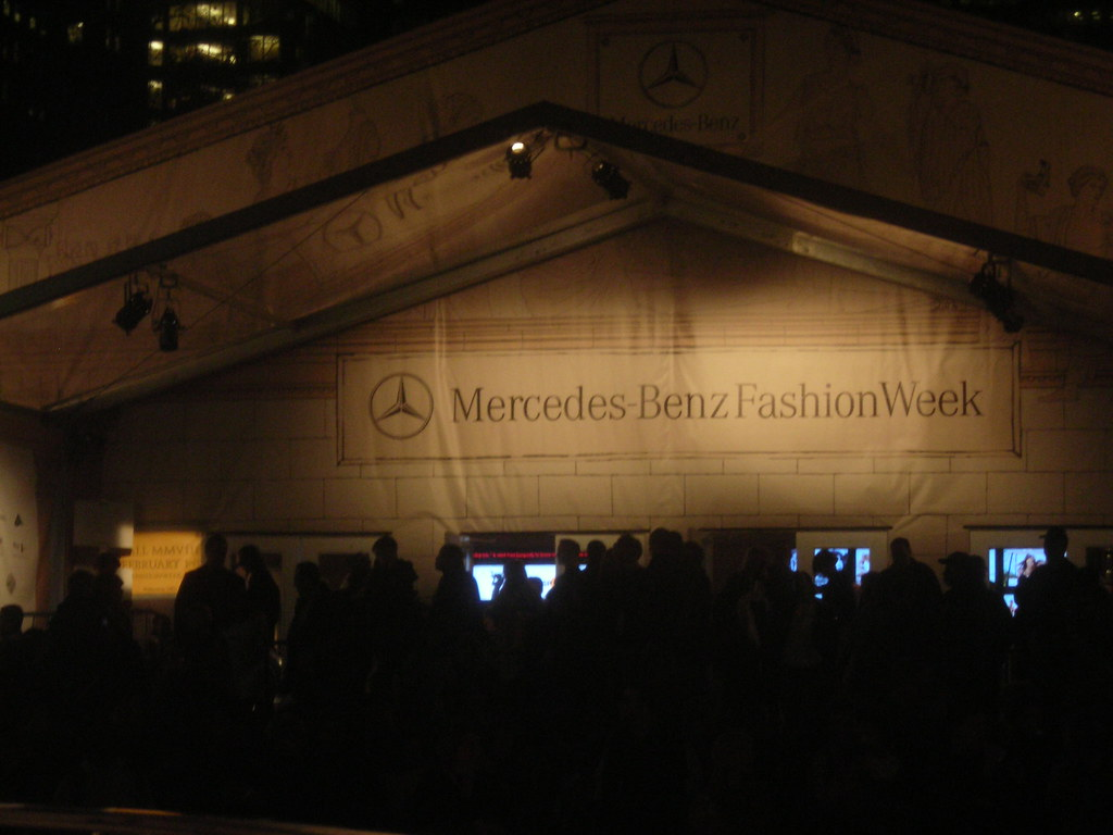 Mercedes Benz Fashion Show test