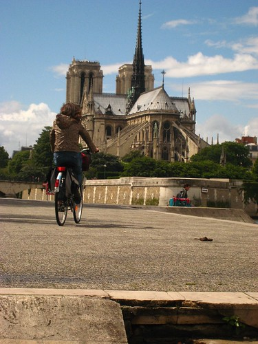 Bike and Notre Dame