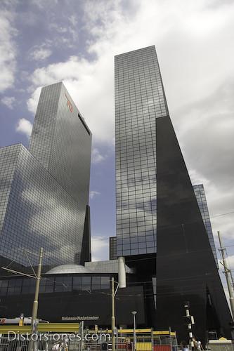Rascacielos junto a la estación central