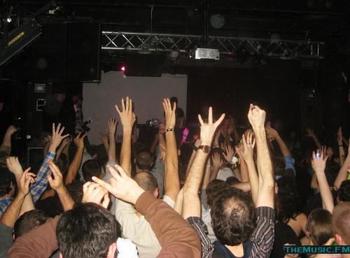 Crowd @ Studio B, Modeselektor