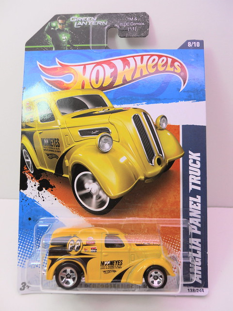 hot wheels anglia panel truck moon eyes (1)