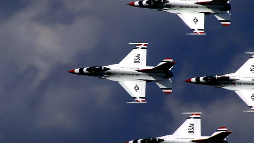 Andrews AFB in Maryland is having their air show this weekend, and I'll defiantly be attending. If you want to check it out, there's more information available at jsoh.org.  And for the architecture fans, I'll swear I'll get back to those photos soon.