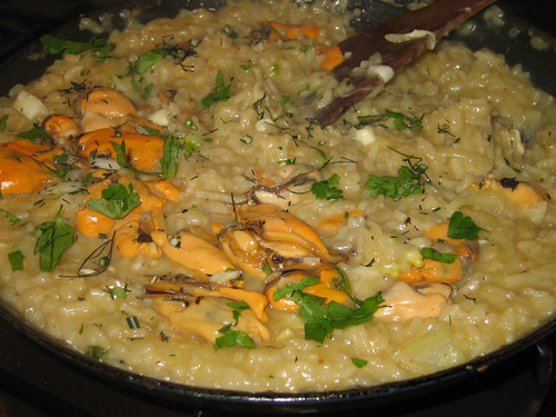 Mussel risotto pan