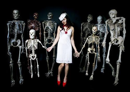 Skeleton Line