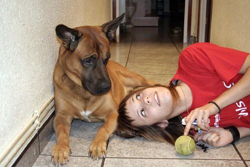 Dingo y Cris en casa