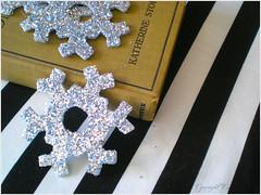 glittery snowflakes 01