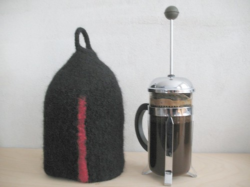 Knitted and felted coffee cozy for Bodum Bistro coffee pot, made by Lisa Risager