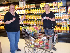 AuntieCodeMonkey and MommaCodeMonkey thought I was funny for taking pictures of our grocery expedition.