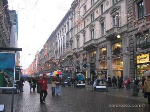 Via Dante, Milan - Holidays 2006