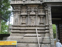 Inner Wall - Eastern Side; Tapas Kamakshi (Mangadu) on the left side and Mahishasuramardhini on the right side