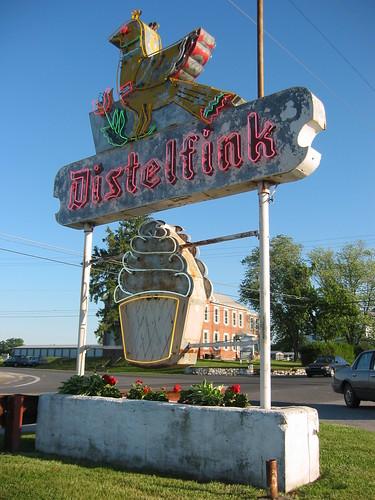 Distelfink - Gettysburg Pa - 2005