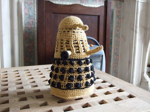 * w00t!  A crochet Dalek!  Another YAY!