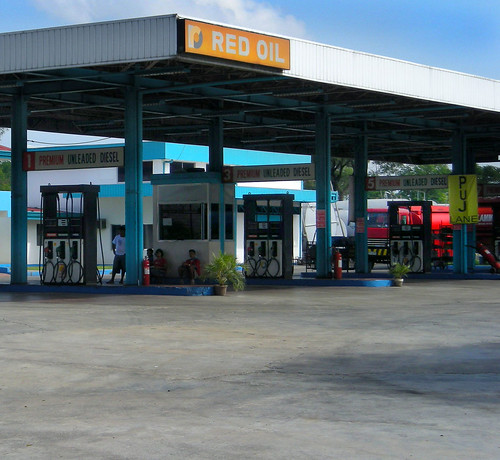 Red Oil Gas Station, Bulacan