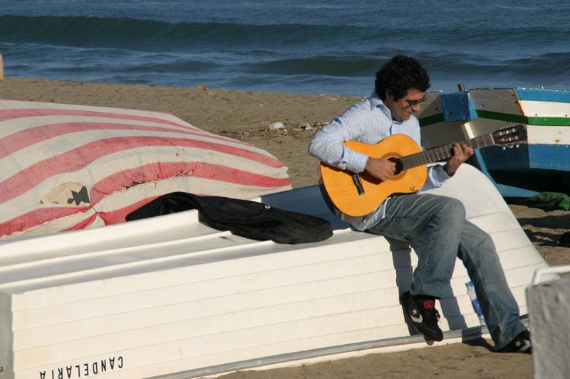 PlayaLosBol.gitaar02