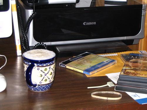 desk & cappuccino