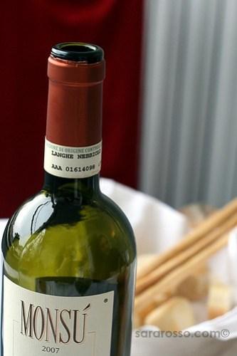 Monsu Nebbiolo wine from the Langhe region, Easter lunch in Piemonte