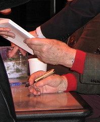Writers Hands, Chap. V, Vol. 1, Galway Kinnell, at the Fitzgerald Theater, St. Paul, Minnesota, April 2007, photo © 2007 by QuoinMonkey. All rights reserved.