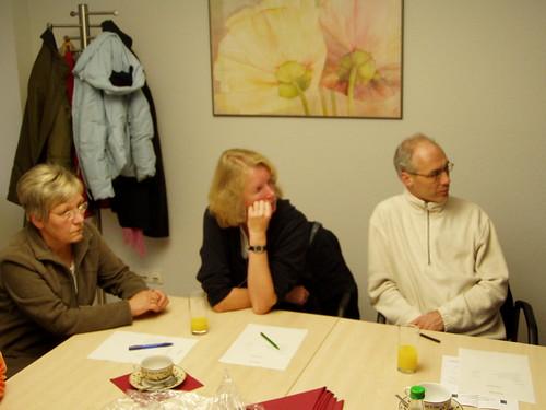 Teilnehmer am Erfahrungsaustausch zum Thema Fairer Welthandel aus Herborn-Schönbach und Friedberg