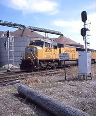 Rail traffic signals