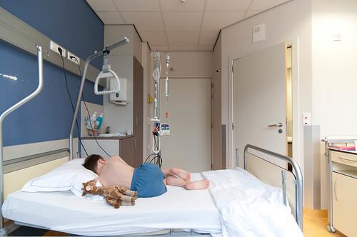 Louis in het hospitaal