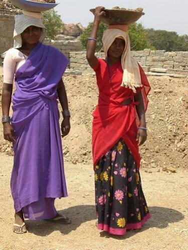Women Builders, King's Palace, Hampi