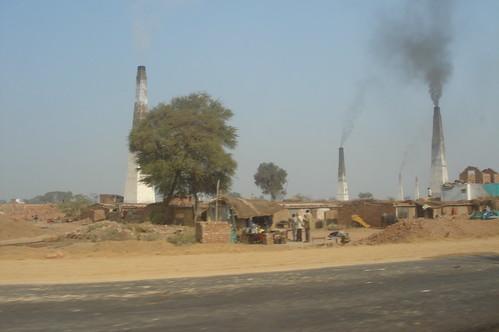 Agra 1-30磚廠