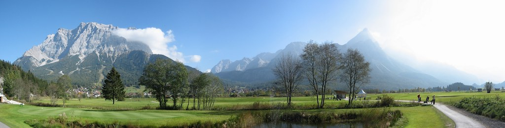 Zugspitze Panorama from golf course