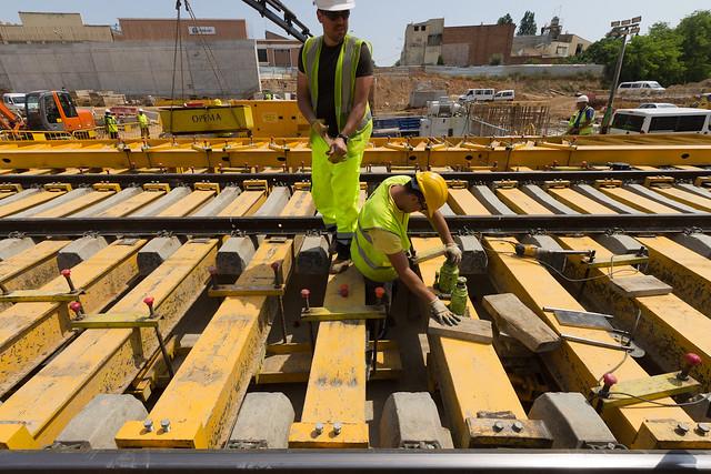 Cajón hincado en Triangle Ferroviari - Ajustes en los refuerzos mientras se arrastra el cajón - 12-05-11