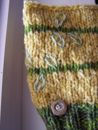 golden delicious hat - embellished