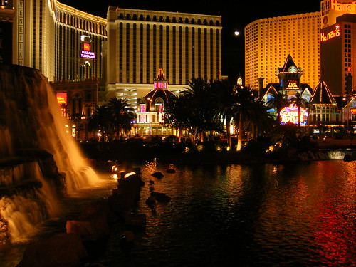 Las Vegas Strip, with Mirage pool & waterfall in foreground
